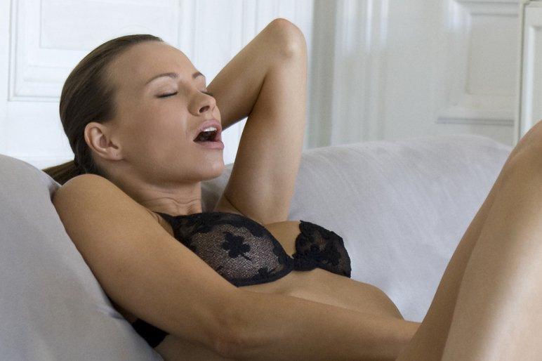 sexy naked women ass