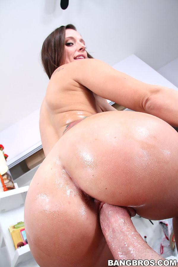 big tit babe